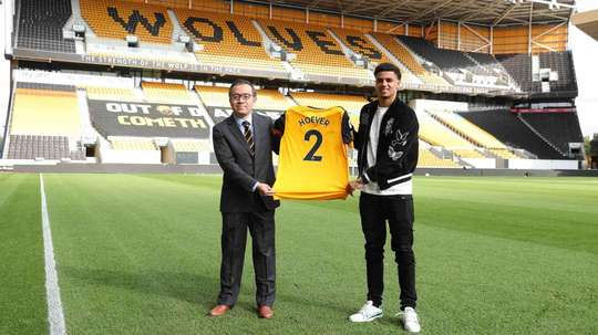 Ki-Jana Hoever has signed for Wolves. Wolves