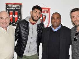 El delantero de 23 años firma un contrato con Patronato tras abandonar Sarmiento. Patronato