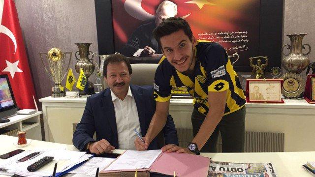 El delantero turco de 24 años ha decidido cambiar de aires. Ankaragücü
