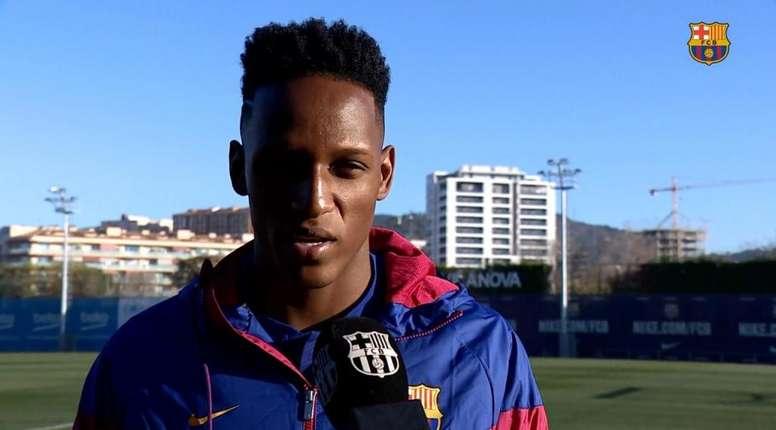 Yerry Mina conoció el Camp Nou. FCBarcelona