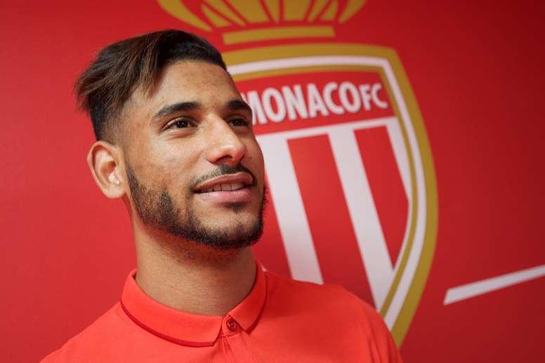El nuevo jugador del Mónaco, el centrocampista franco-marroquí Ait-Bennasser, en su presentación oficial. ASMonaco