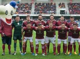 El Pontevedra se llevó el primer asalto. Pontevedra
