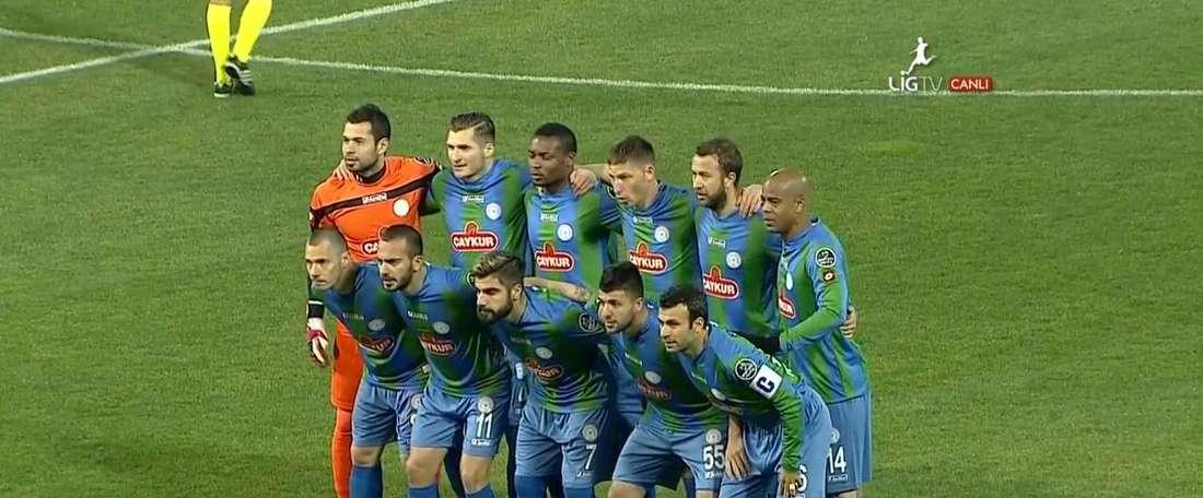 El centrocampista se marcha a la liga turca. LigTV
