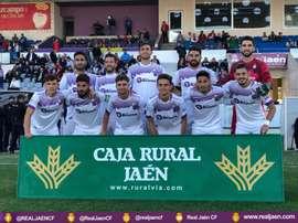 El Jaén frena al Malagueño en la recta final. RealJaenCF