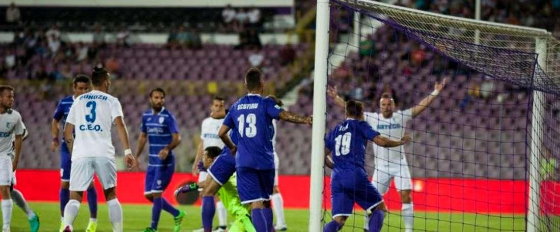 El Poli Timișoara celebra un gol. PoliTimișoara
