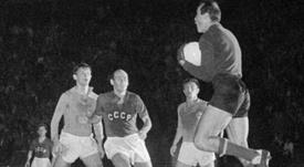 La Unión Soviética y Yugoslavia disputaron la primera final de la Eurocopa. UEFA/Archivo