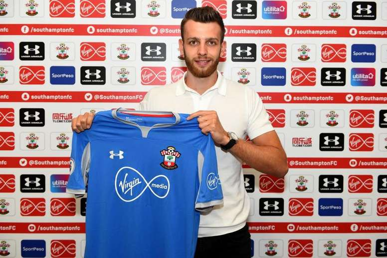 2c832ecfee04 Pin Angus Gunn joined Southampton last month for a reported £13.5m.  SouthamptonFC