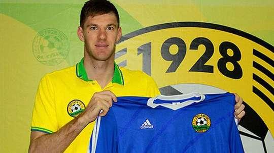 El portero moldavo Dmitri Stajila, en su presentación como nuevo jugador del Kuban de Krasnodar. Twitter