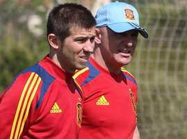 El seleccionador de España Sub 21, Albert Celades, en un entrenamiento. Twitter