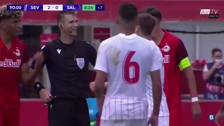 El Sevilla se impuso al Salzburgo en la Youth League. Captura/BarTV