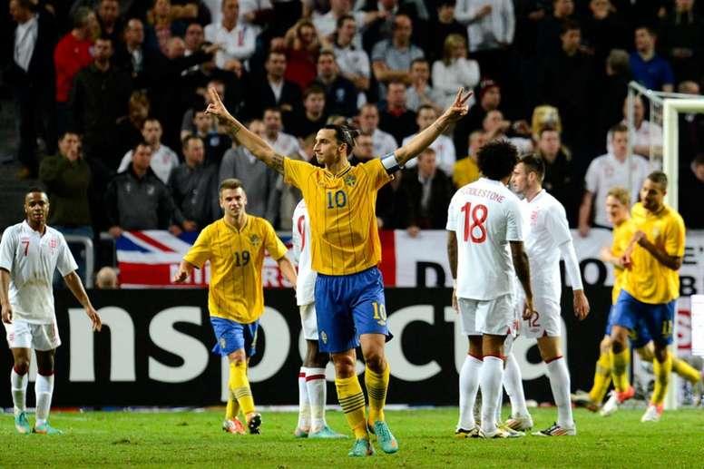 Ibrahimovic consiguió cuatro goles en una exhibición increíble. AFP