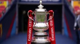 Si la temporada se terminase en verano, Inglaterra podría sacrificar sus copas. FACup
