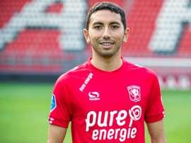 Cristian Cuevas refuerza la zaga del Twente. Twitter/FCTwente