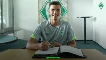 Werder Breman anuncia Nicolai Rapp. WerderBremen