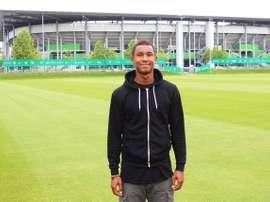 El Wolfsburgo confirmó la contratación de Felix Uduokhai. VfLWolfsburg