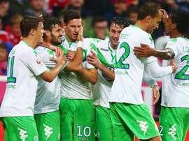 El Wolfsburgo sigue cuarto tras vencer por la mínima al Darmstadt, con un gol de Caligiuri. Twitter.