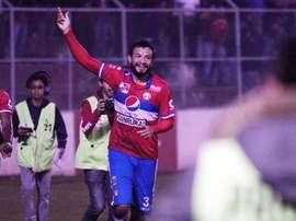 El Xelajú del tico Medford gana y se mantiene líder del fútbol guatemalteco. Twitter