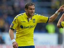 Elmander regresa a Suecia y firma por el Orgryte de Segunda División. BrondbyIF