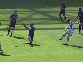Elustondo opens the scoring against Barcelona. Screenshot/BeinSports