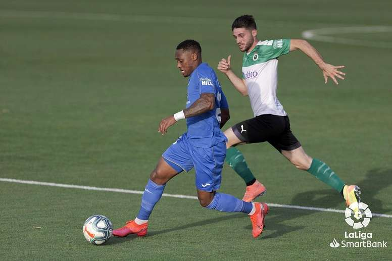 Fuenlabrada asked to return home even before the game was called off. LaLiga