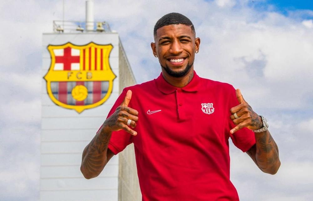 Emerson, ilusionado en su primer día en Barcelona. Twitter/FCBarcelona