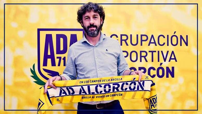 El Alcorcón anunció a Emilio Vega como nuevo director deportivo. Twitter/AD_Alcorcon