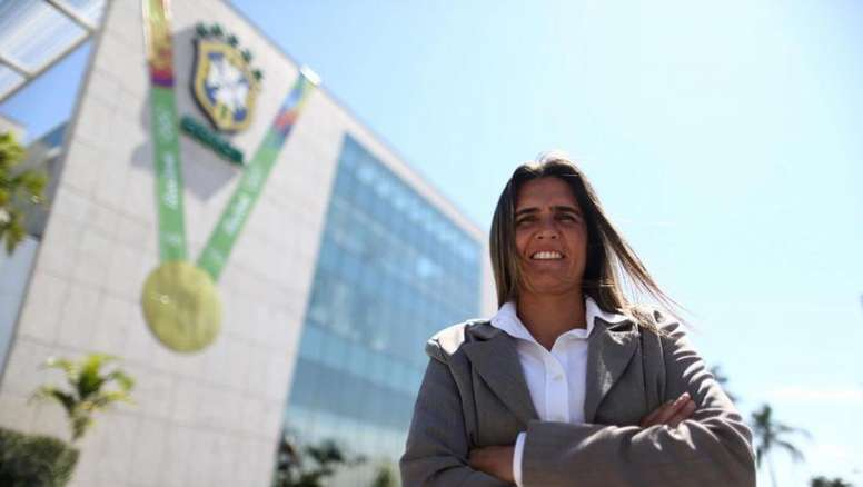 Emily Lima, seleccionadora de Brasil femenino, quiere pedir consejos a Tite. EFE