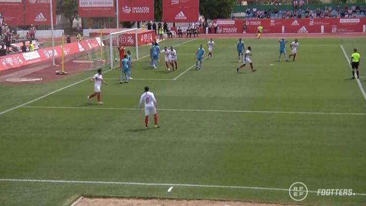 El Sanse igualó pronto el partido ante el Algeciras. Captura/Footters