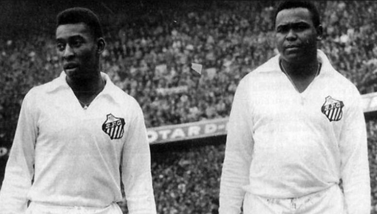 Em 11 de setembro de 1963, o Santos bateu o Boca Juniors e foi campeão da Libertadores. Santos FC