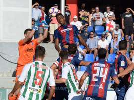 El Huesca logra ante el Córdoba su primera victoria. SDHuesca