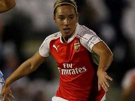 England midfielder, Jordan Nobbs signs a new contract with Arsenal. Twitter