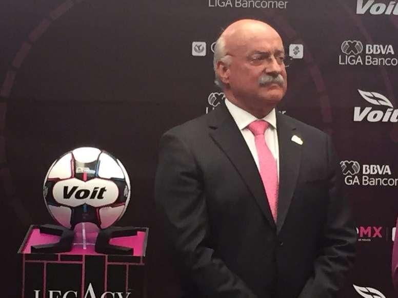 Pin El presidente de la Liga MX ha anunciado la creación de una liga  femenina. LigaMX a869be1505914