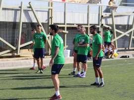 El técnico quiere revertir la mala dinámica del equipo. Twitter/VillaSantaBrigida