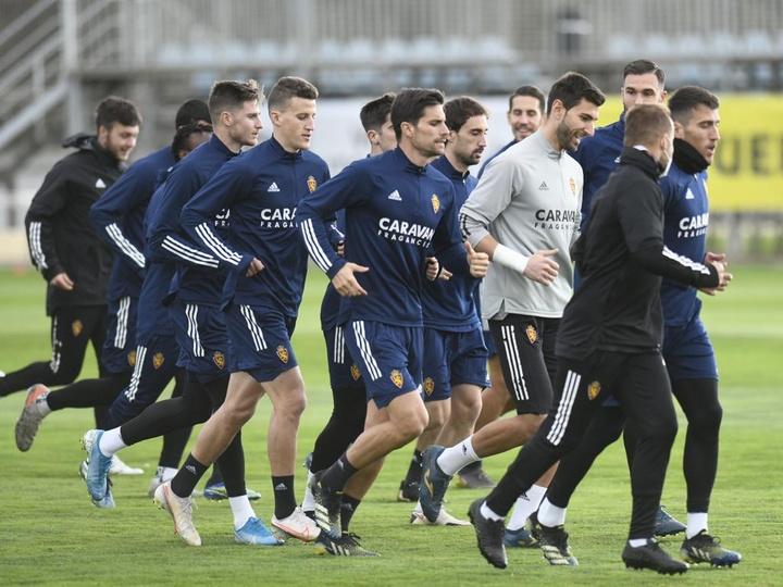 Los canteranos Luis Carbonell y Guillermo Acín trabajarán con el primer equipo. Twitter/RealZaragoza