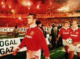 Cantona non ha mai discusso con Sir Alex Ferguson.