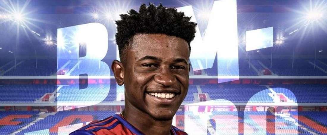 Bâle obtient le prêt de Ramires. Twitter/FCBaser1893
