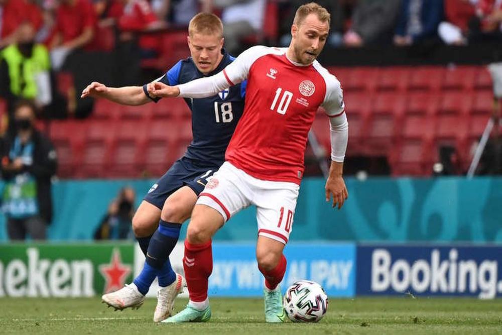 Eriksen em breve saberá se continuará jogando ou não. AFP/Jonathan NACKSTRAND