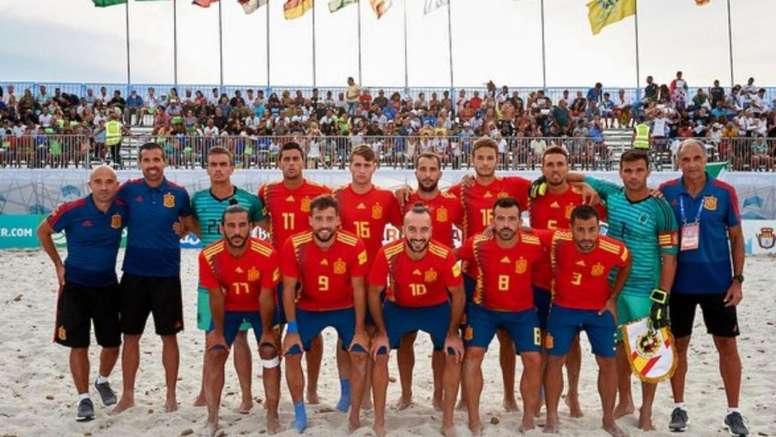 España no puede con Senegal. Twitter/BeachSoccer_WW