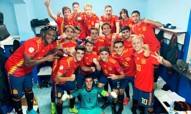 España golea, suma y sigue. Twitter/sefutbol