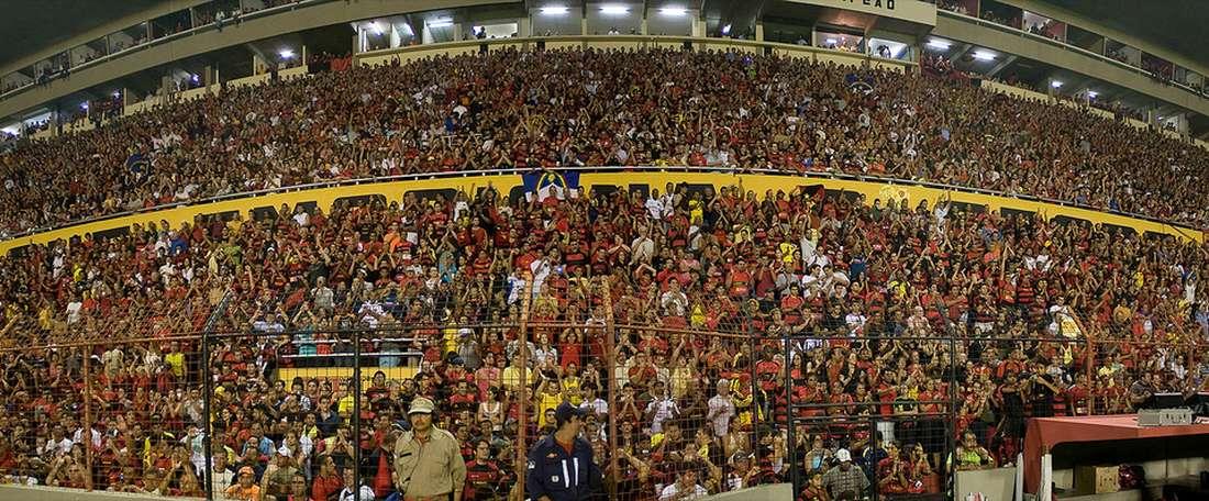 Estádio da Ilha do Retiro, campo del Sport Recife. Matheus Britto (Flickr)