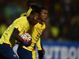 Estupiñán anotó el primer tanto del partido para Ecuador. AFP