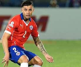 Eugenio Mena quiere estar en la Copa América. AFP