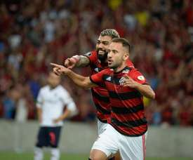Éverton Ribeiro marca para o Flamengo. Twitter @Flamengo