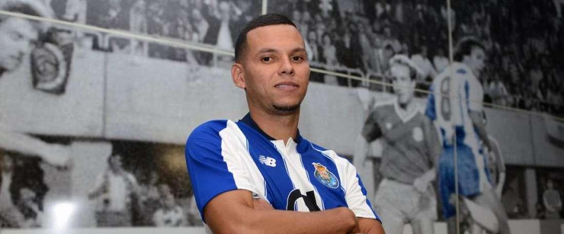 Ewerton se suma a las filas del Oporto. FCPorto