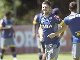 Mano Menezes prepara o retorno de Ezequiel contra o São Paulo. Twitter