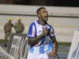 Fabinho Alves llega a Joinville. Joinvile