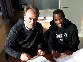 Fabrice Olinga se consolida en Bélgica. ExcelMouscron
