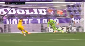 Griezmann missed a sitter. Screenshot/BeINSports