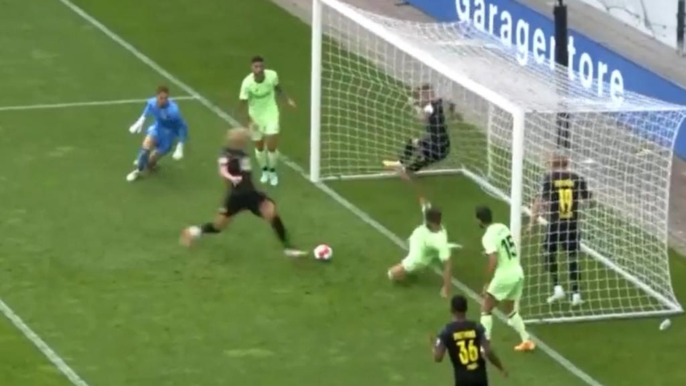 Haaland and one of the biggest misses of his career. Screenshot/SportTV3