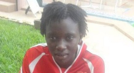 Fatim Jewara, ex futbolista de Gambia. Twitter